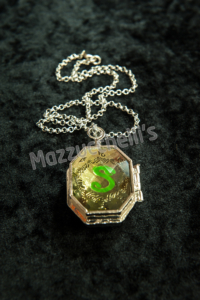 COLLANA Horcrux Salazar SERPEVERDE SLYTHERIN Harry Potter - Mazzucchellis