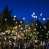 lancio-dei-palloncini-led-bianchi-matrimonio--mazzucchellis
